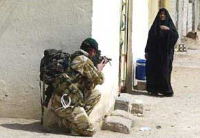 Iraq_War_Woman-Soldier.jpg